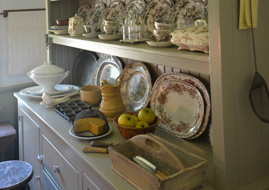 dishes-for-sunday-lens-6752