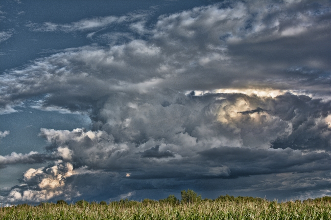 Big storm near Lebanon, Wisconsin.jpg