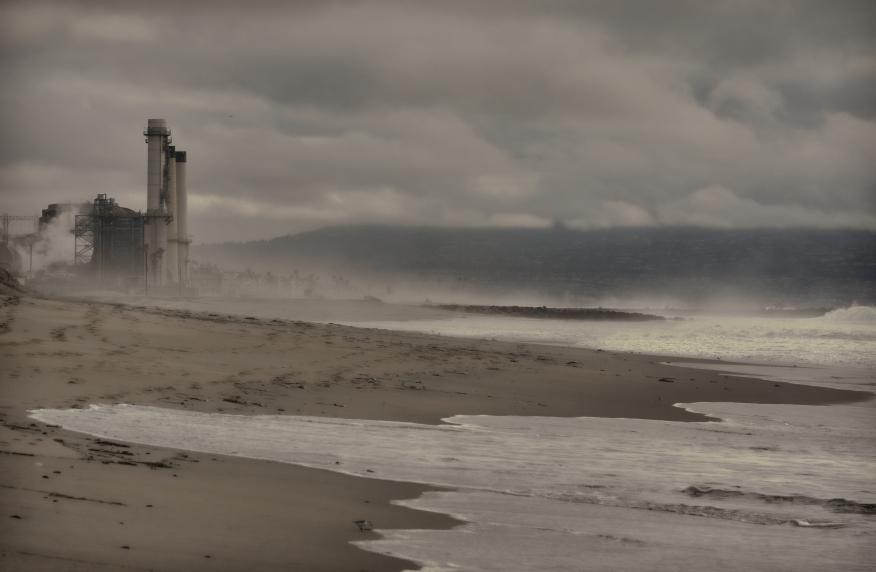 Industrial Beach topaz2   6784.jpg