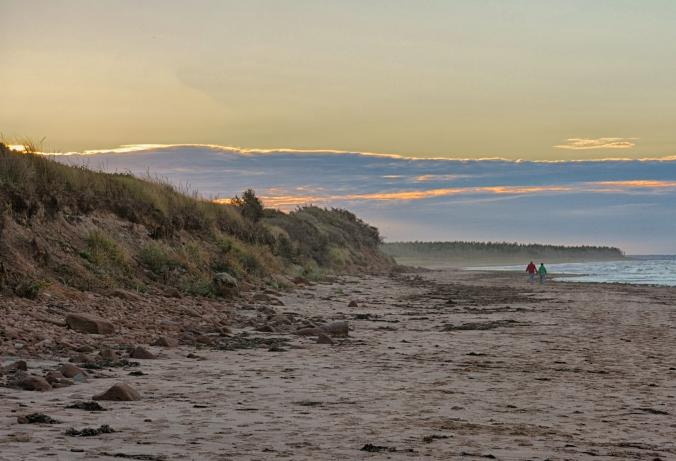 PEI beach dusk HDR 0173.jpg