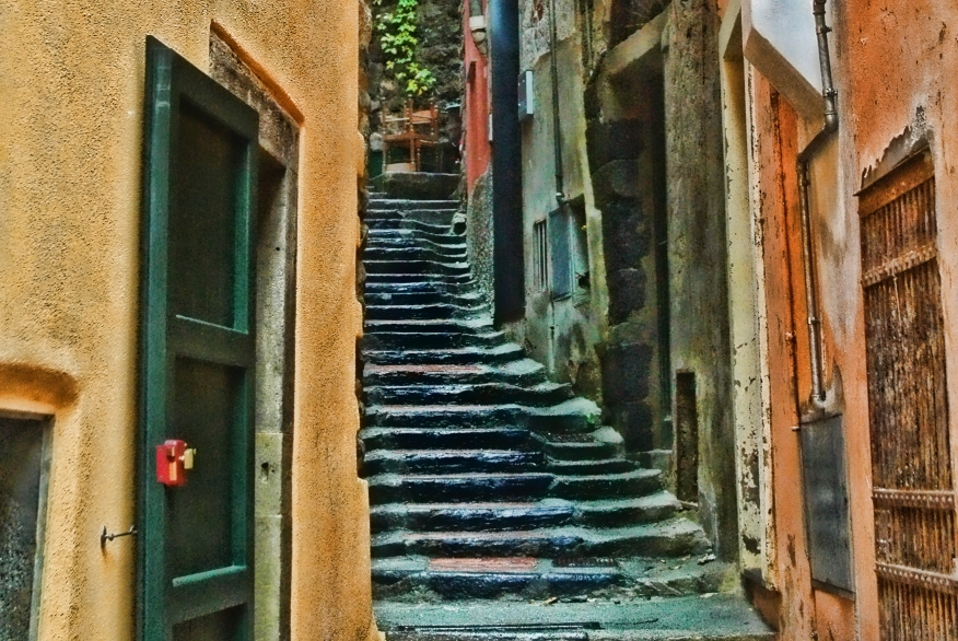 steps-cinqueterre-less-noise