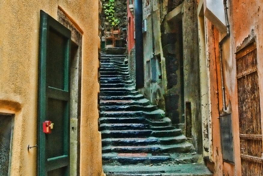 steps-cinqueterre-less-noise