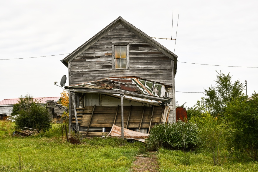 Collapsing House Belvidere SD 1915-2