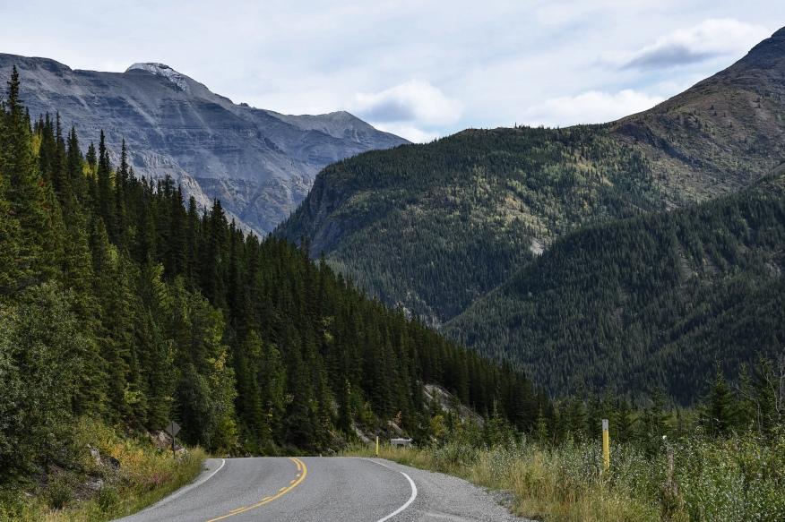 entering more mountains 1103